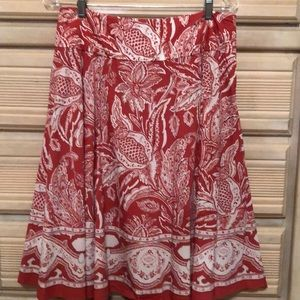 Rose colored cotton skirt, size 6